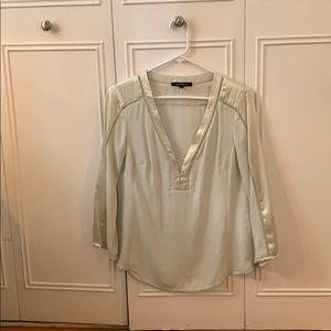 Very pretty mint green Nanette Lenore silk blouse
